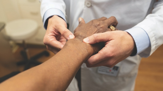 Immunology and Rheumatology Faculty Reach Across Divisions to Fight Disease