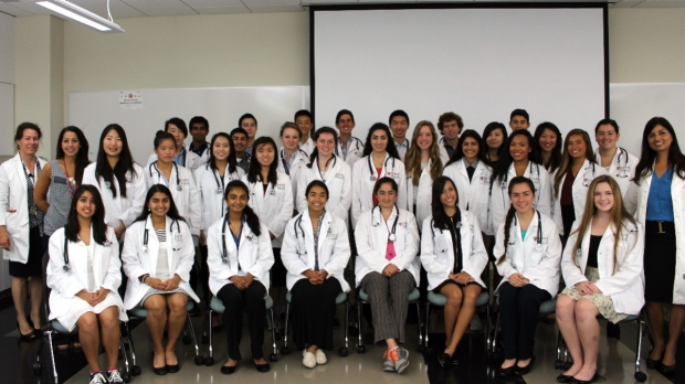 Aspiring young doctors learn the ropes during Stanford summer program